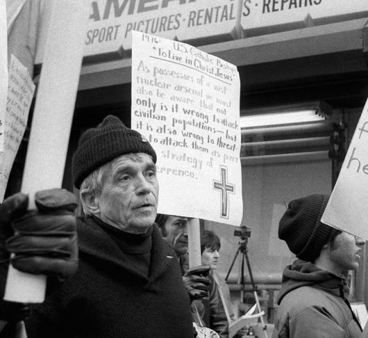 Dan Berrigans verborgen werken van barmhartigheid