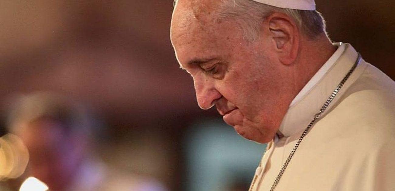 Waarom krijgt Paus Franciscus zo'n heftige binnenkerkelijke kritiek ?