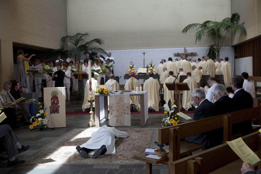 Priesterwijding Walter Ceyssens sj 5